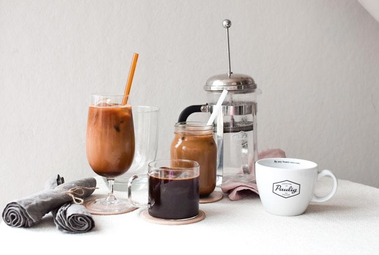 Kylmäuutettu kahvi on helppo valmistaa pressopannulla, mutta sen valmistamiseen sopii myös mikä tahansa astia
